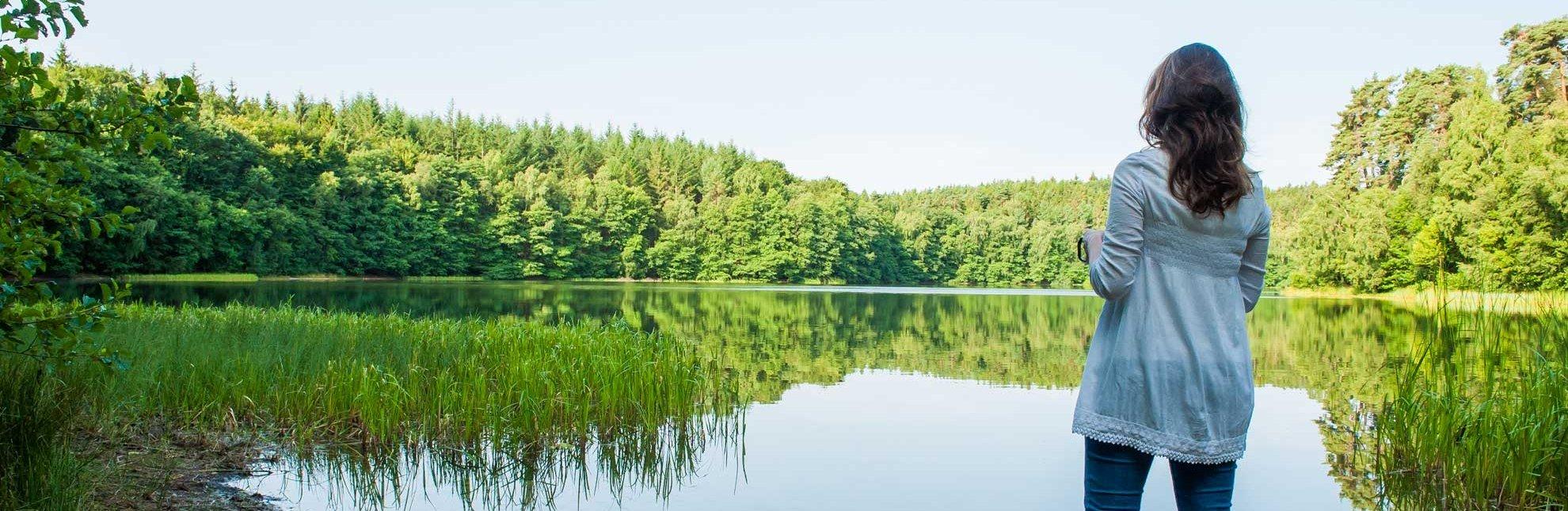 Morgens ist es am Pinnsee bei Mölln meist noch ganz ruhig., © Nicole Franke / HLMS GmbH