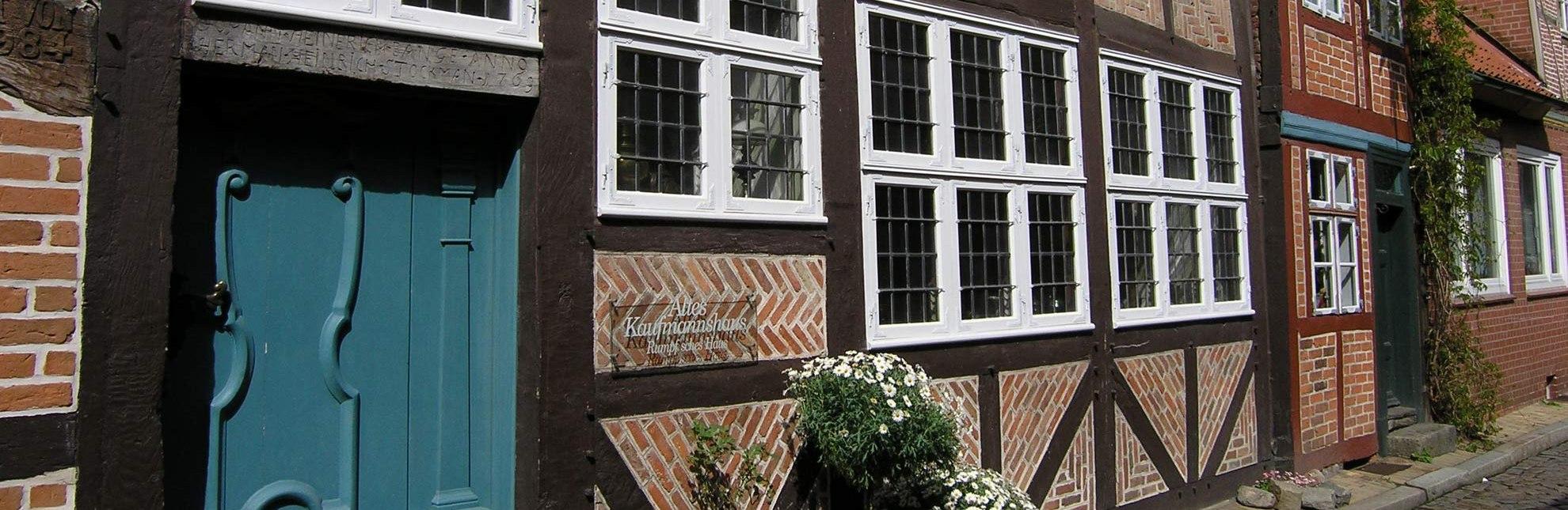 Das Alte Kaufmannshaus in Lauenburg/Elbe bietet regelmäßig Konzerte im besonderen Rahmen an., © HLMS GmbH