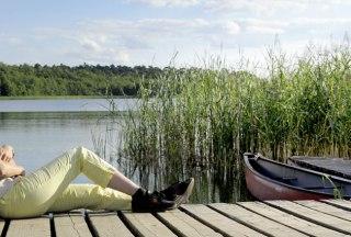 Steg am Schaalsee bei der Kutscherscheune, © photocompany GmbH