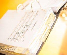 Mit einem Notenblatt spielt es sich auch für Profis viel leichter., © Nicole Franke / HLMS GmbH
