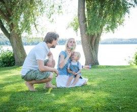Seifenblasen-Spaß an einem der Seen im Herzogtum Lauenburg, © Nicole Franke/HLMS