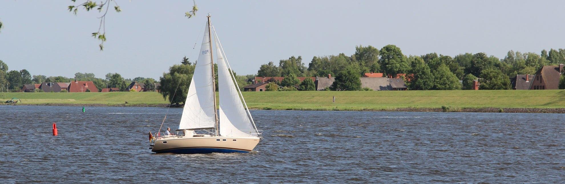 Segler auf der Elbe bei Geesthacht, © Touristinformation Geesthacht