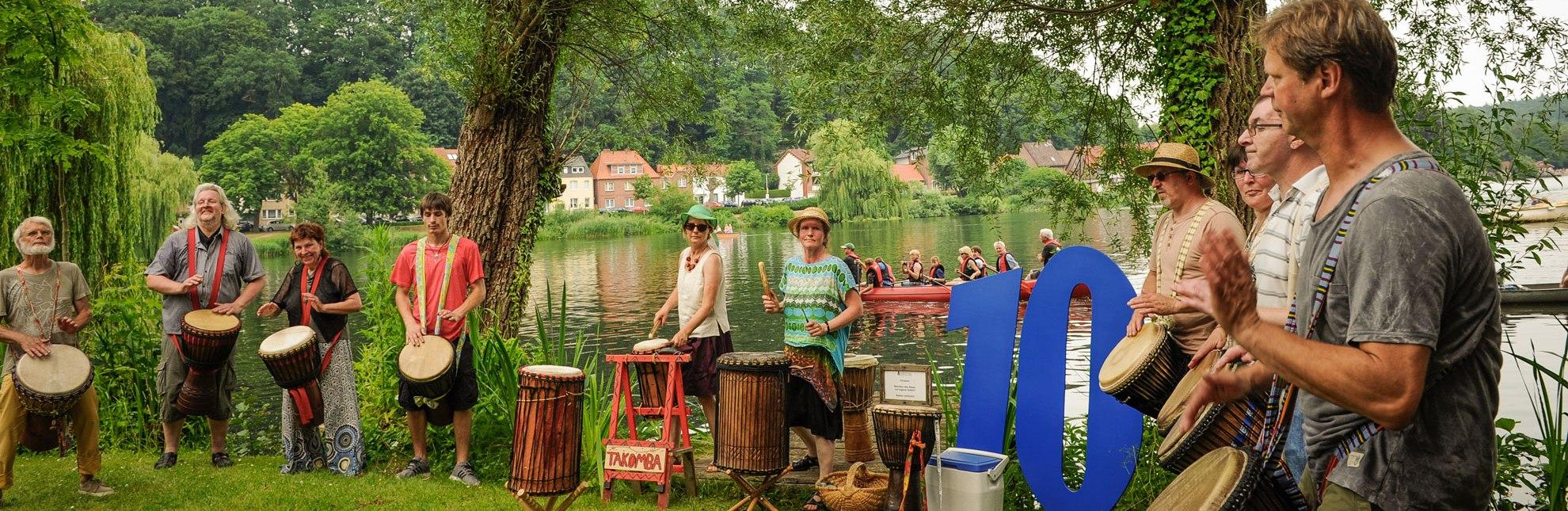 """Immer wieder ein Publikumsliebling: Die Trommler von """"Takomba"""" bei der Eröffnung des Kultursommers 2015., © Nicole Franke / HLMS GmbH"""