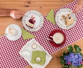 Duftender Kaffee und leckerer Kuchen im Herzogtum Lauenburg, © Markus Tiemann/HLMS