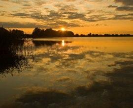 Der Mechower See an einem goldenen Abend., © Thomas Ebelt / HLMS GmbH