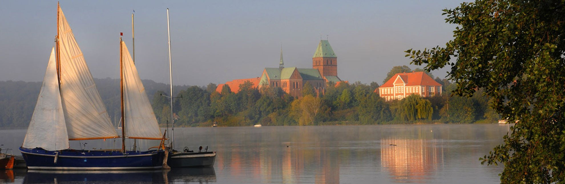 morgendliche Stimmung am Domsee in Ratzeburg, © Jürgen Klemme/HLMS