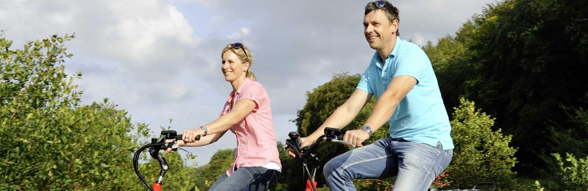 Mit dem Rad auf der Städtetour, © photocompany/ HLMS