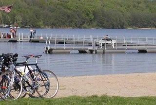 Radler am Ratzeburger See, © Elke Tampe/ HLMS