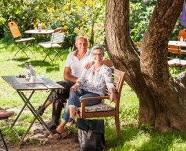Kaffegarten im Hofcafés Hof Alte Zeiten in Schattin, © Markus Tiemann/HLMS