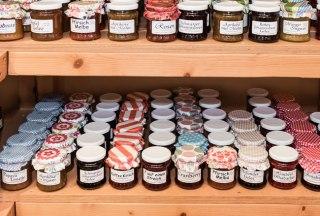 leckere, selbstgemachte Marmeladen in den Hofläden im Herzogtum Lauenburg, © Markus Tiemann/HLMS