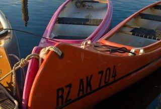 Kanus im Möllner Hafen, © Thomas Ebelt/ HLMS