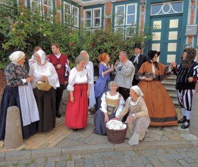 Schauspieler der Theatralen Stadtführung in Lauenburg, © Michael Kosog