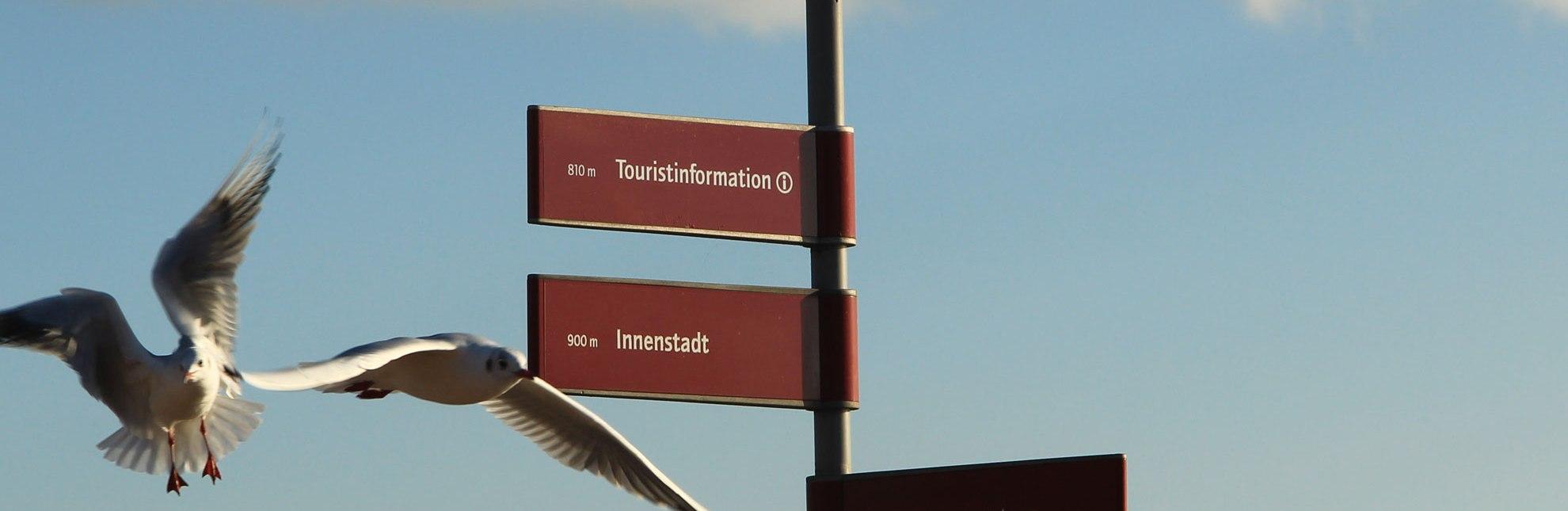 Hinweis zur Tourist-Information Geesthacht: Zimmervermittlung, Kartenmaterial, Urlaubstipps, © Tourist-Information Geesthacht