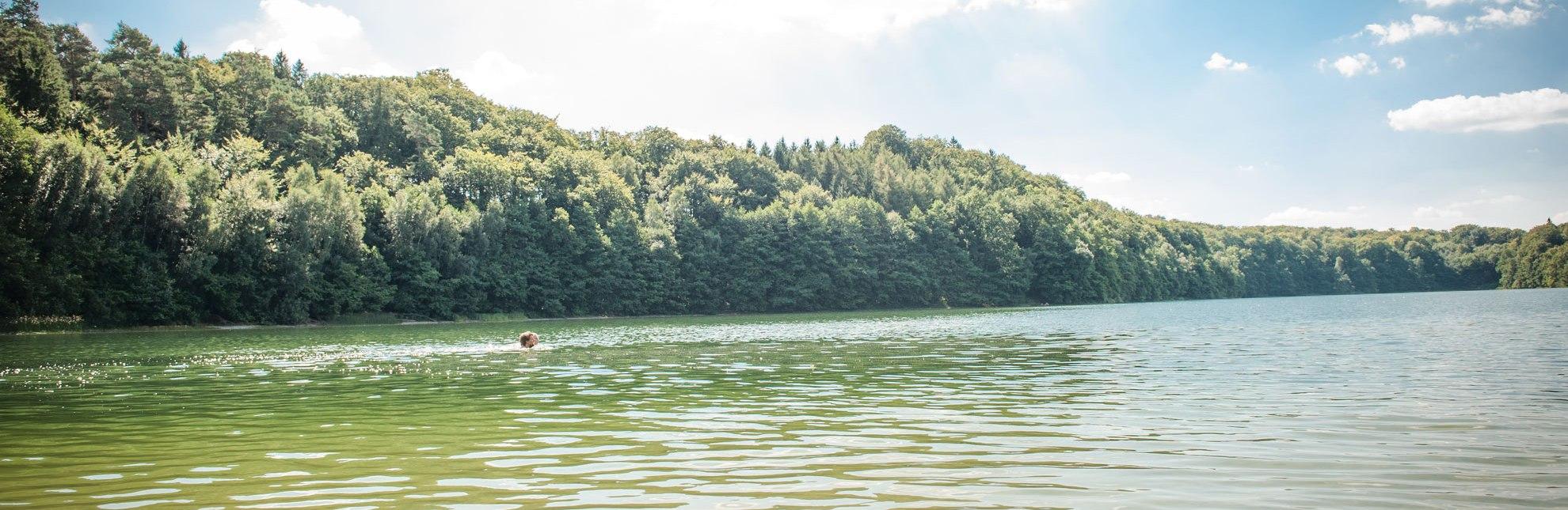 Baden im Herzogtum Lauenburg vor eindrucksvoller Kulisse, © Nicole Franke/HLMS